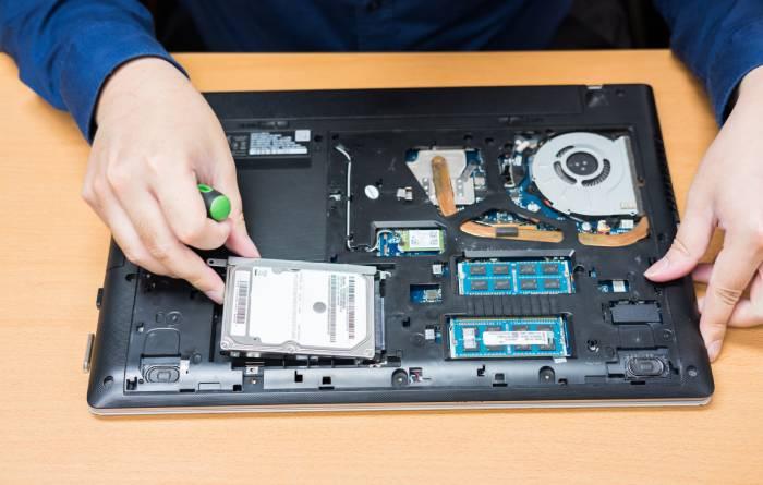 Laptop Service Center - Macbook and Windows Laptop Repair